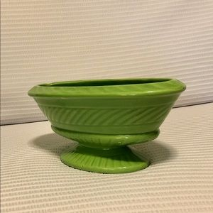 Haeger Accents - Vintage MCM Haeger USA #3957 Footed Planter